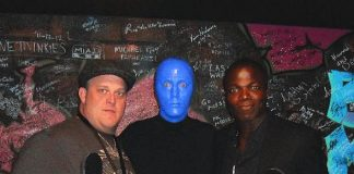 """Mike & Molly"" stars Billy Gardell and Reno Wilson at Blue Man Group Las Vegas"