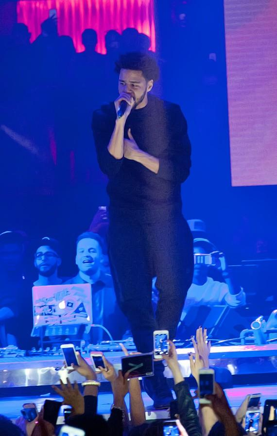 J. Cole, Tinashe, Busta Rhymes and More Let Loose at SunDrai's at Drai's Nightclub in Las Vegas for J. Cole's Birthday
