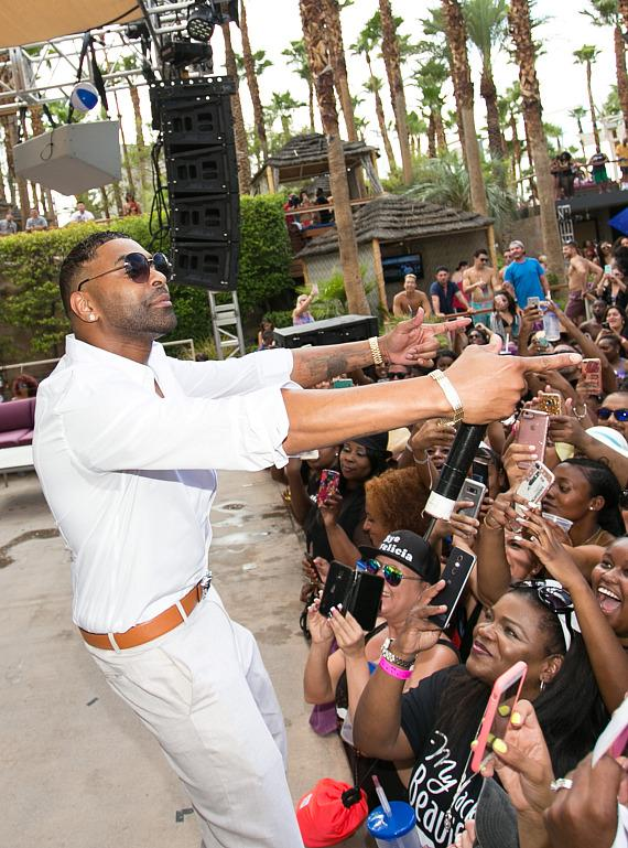 Ginuwine Performs at Rehab Beach Club at Hard Rock Hotel Las Vegas