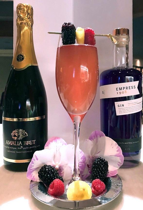 Think Pink! Estiatorio Milos in Las Vegas Creates New Cocktail to Benefit Breast Cancer Research