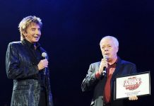 Barry Manilow and LV Weekly Publisher Bruce Spotleson