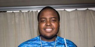 Sean Kingston backstage at REHAB Pool Party