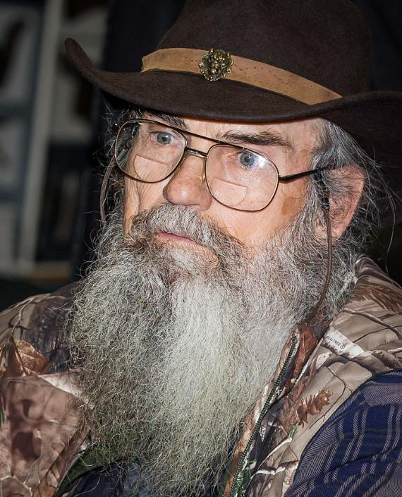 Si Robertson signs new book at Sam's Club in Las Vegas