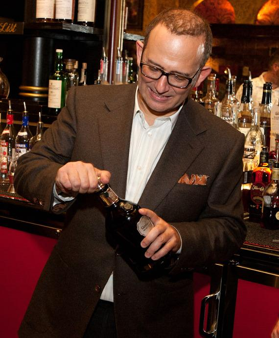 Casa Fuente Spirits Society opens 50 year old bottle of Glenfiddich