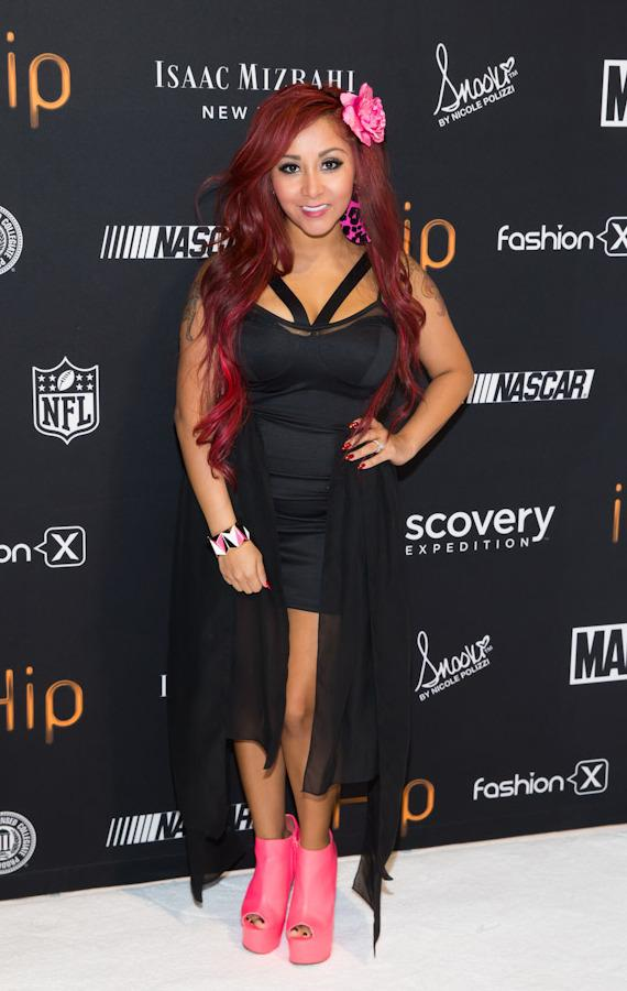 Nicole 'Snooki' Polizzi introduces 'Snooki Couture' electronics line at International CES 2013