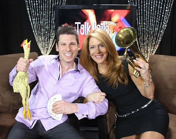 Comedy Magician Mike Hammer Appears on Talktails with Kelly Clinton-Holmes on Vegas Video Network