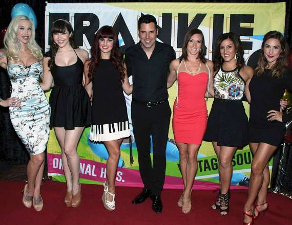 Frankie Moreno with Sabina Kelley, Claire Sinclair, Lisa Marie Smith and other guests