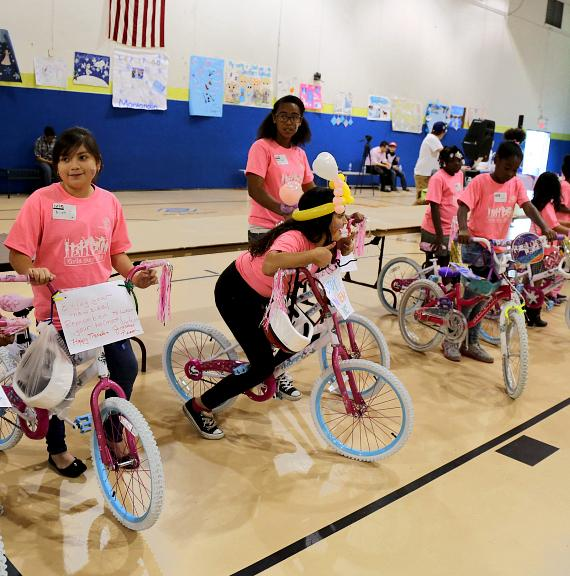 "Boys and Girls Clubs of Southern Nevada host 2014 ""Girls Day"""