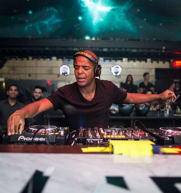 "DJ Erick Morillo's Celebrates Release of New Single ""Let the Freak Out"" at LiFE Nightclub"