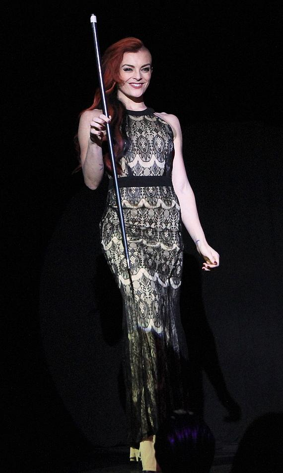 """Dancer and choreographer April Leopardi Anneberg makes her debut in """"MURRAY 'Celebrity Magician'"""" at Planet Hollywood in Las Vegas"""