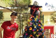 Planet Hollywood Headliner Murray SawChuck to host Christmas Radio Show on Radio Vegas Rocks Dec. 4