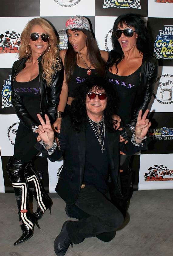 Paul Shortino and the Ladies of Sexxy
