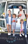 kendra-wilkinson-and-family_35372055506_o