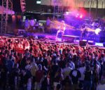 scars-and-stripes-crowd-shot-downtown-las-vegas-events-center-570