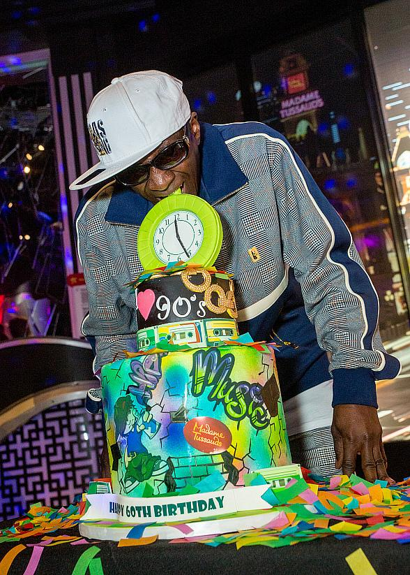 Flavor Flav Hosts '90s Bash for Madame Tussauds Las Vegas' 20th Birthday!