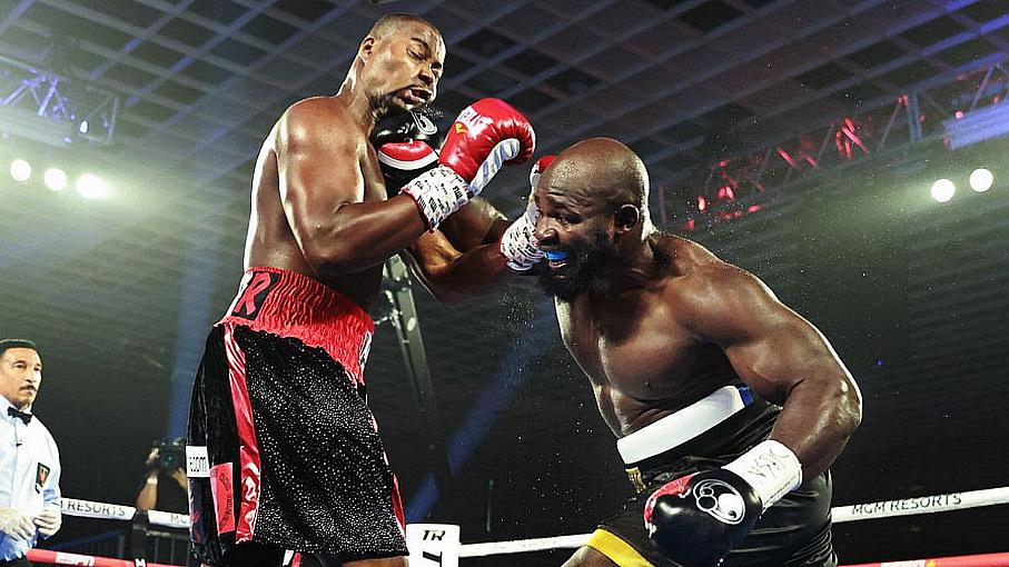 Heavy (Bubble) Duty: Carlos Takam Decisions Jerry Forrest
