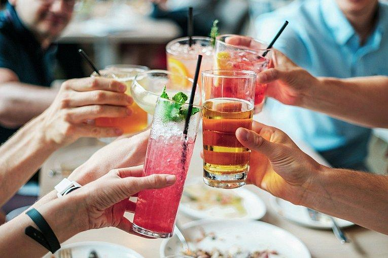 What to Expect From an Alcohol and Rehab Center