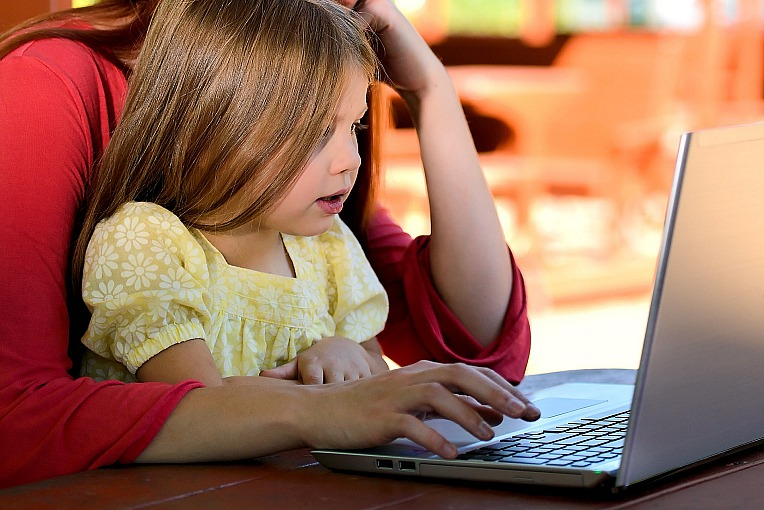 4 Reasons to Get a Parental Control Software for Your Kids