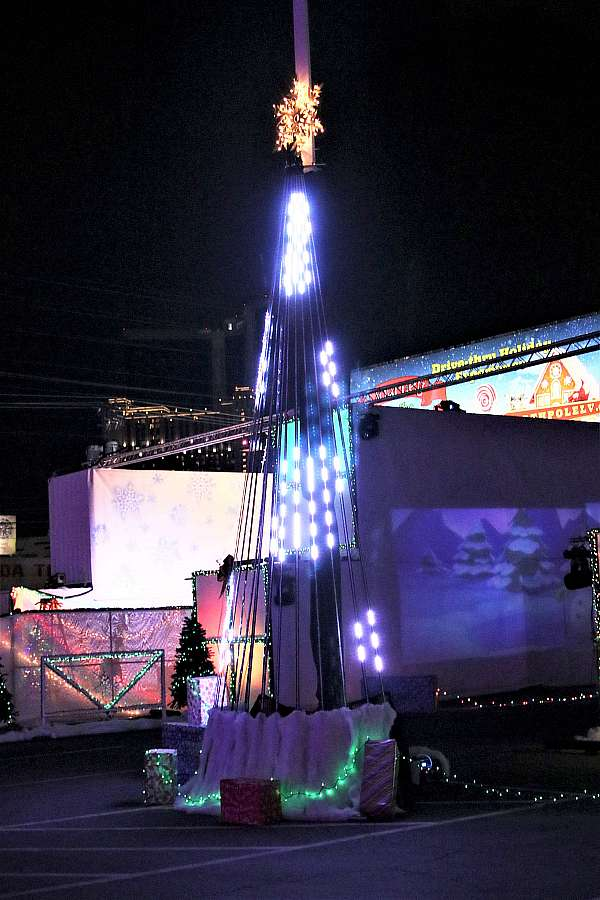 """Photo Gallery: """"Journey to the North Pole"""" Drive-Through Holiday Experience at the Industrial Event Space Through Sunday, Jan. 3"""