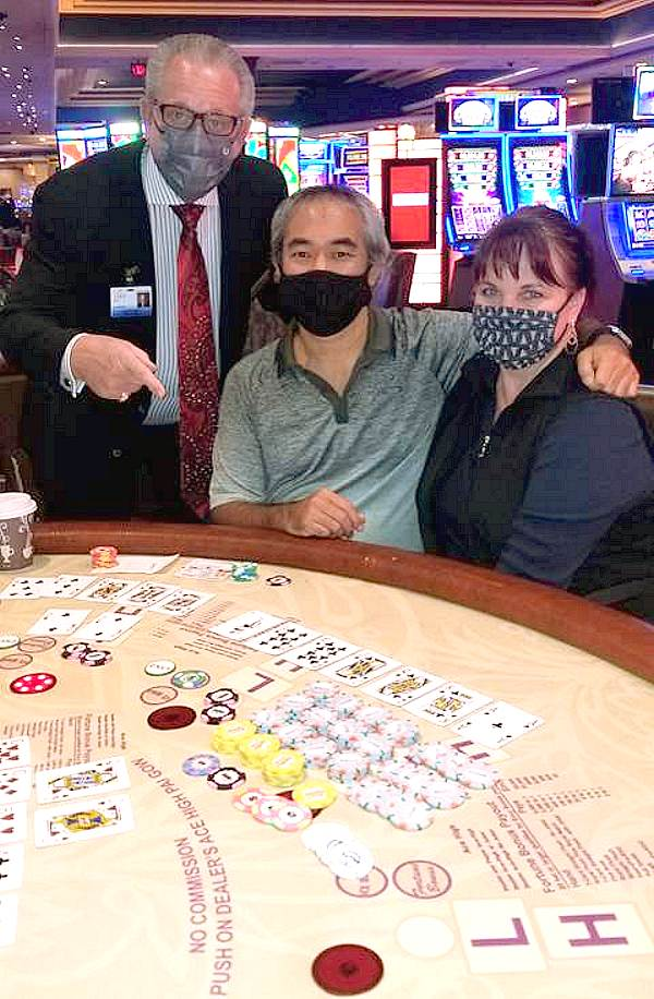Man Hits 7-Card Straight Flush for $316,619 on Pai Gow at Bally's Las Vegas