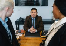 4 Tips for Hiring a Corporate Attorney