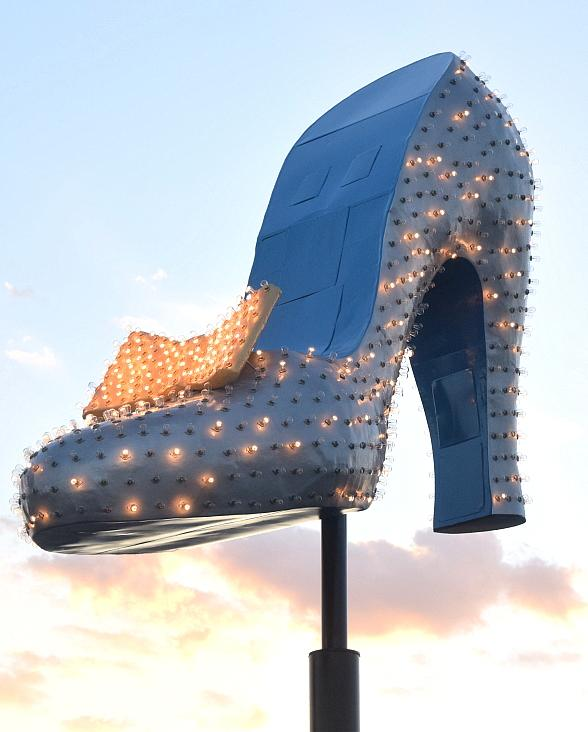 Neon Museum Restores Silver Slipper Sign Paint Color to Original Silver, Gold, Blue
