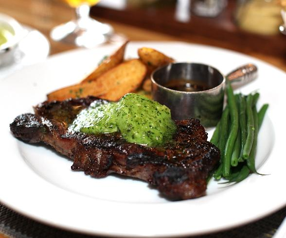 """Short on Time for Lunch? Andre's Bistro & Bar Launches """"Express Power Lunch"""" Menu"""