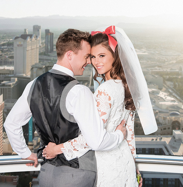 Elevate Romance 550 Feet in the Air with Valentine's Packages Aboard the High Roller Observation Wheel