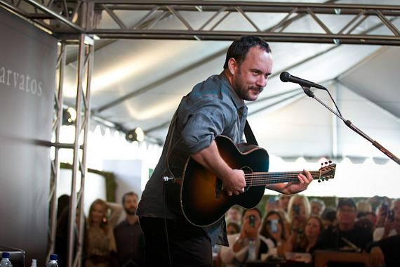Dave Matthews performs at John Varvatos Stuart House Benefit
