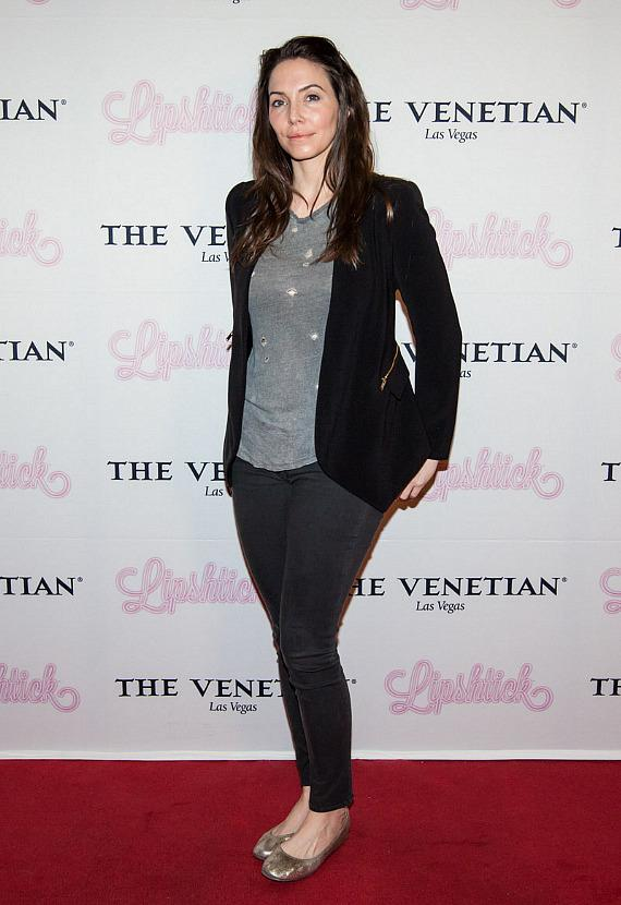 "Whitney Cummings walks the red carpet at ""LIPSHTICK – The Perfect Shade of Stand Up"" at The Venetian"