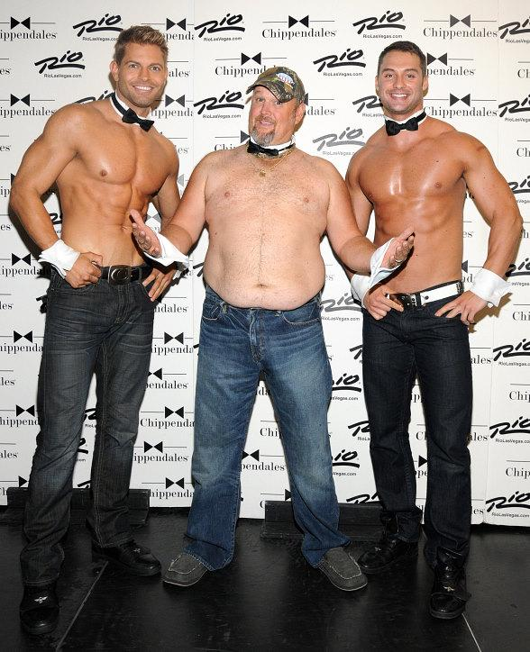 Larry The Cable Guy Visits Chippendales