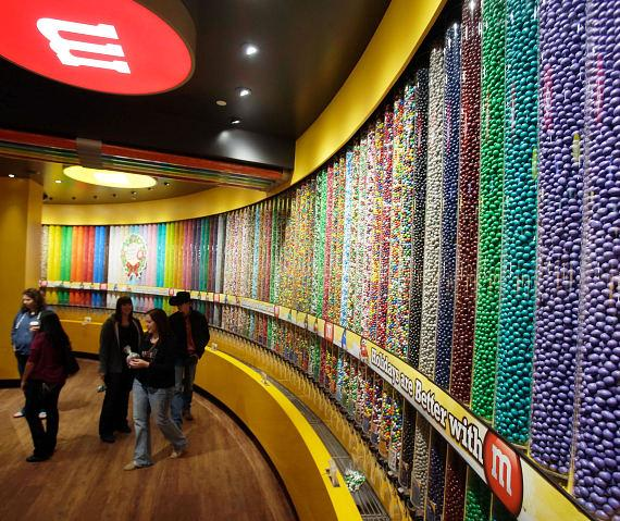 M&M'S World Las Vegas Celebrates Opening of World's Largest M&M'S Candy Wall