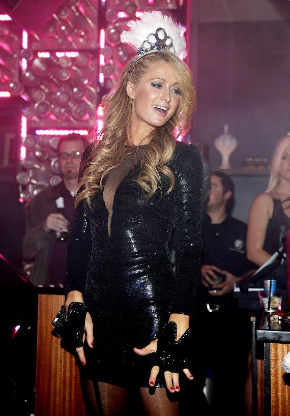 Paris Hilton rings in 2014 at Hyde Bellagio, Las Vegas