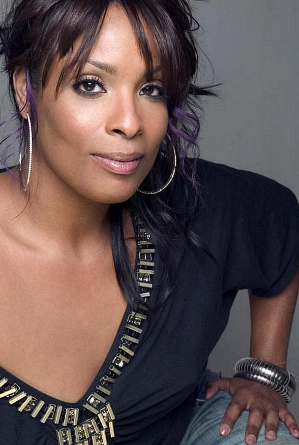 LAX Nightclub at Luxor Hotel and Casino Welcomes Throwback Thursday February Headliners DJ Spinderella and Young M.C.
