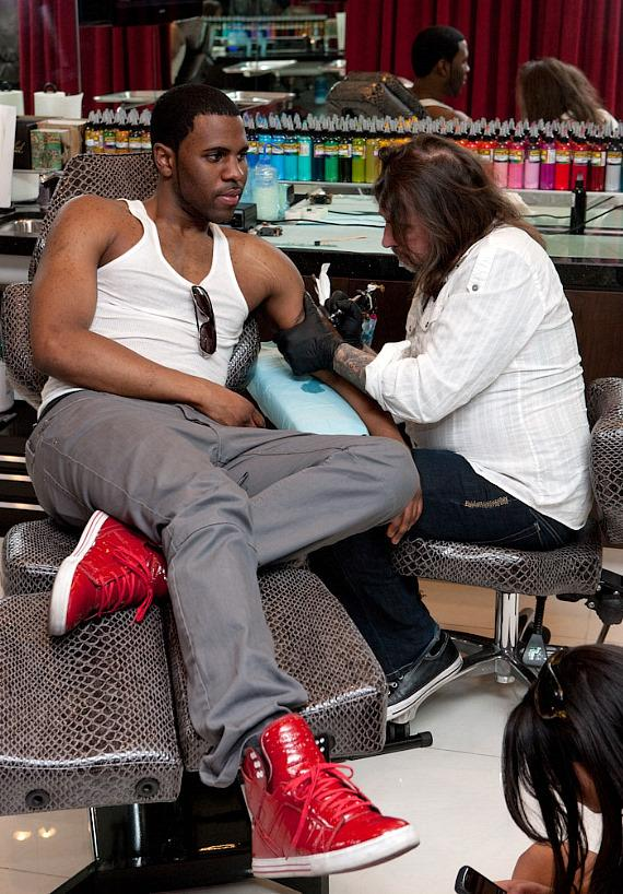 Jason Derulo at KING INK with Mario Barth
