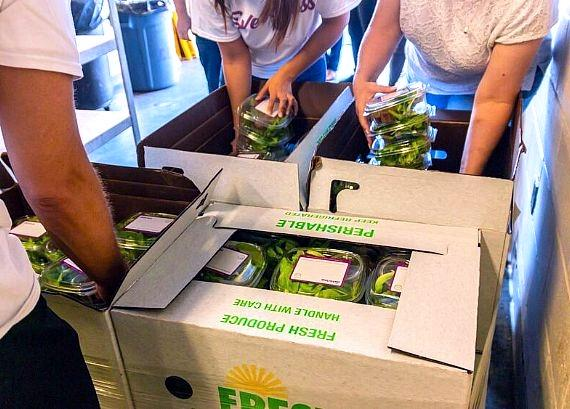 """Oasis Biotech Donates 130 Pounds of Fresh Produce to Catholic Charities of Southern Nevada in Continued Effort to """"Feed the World. Better."""""""