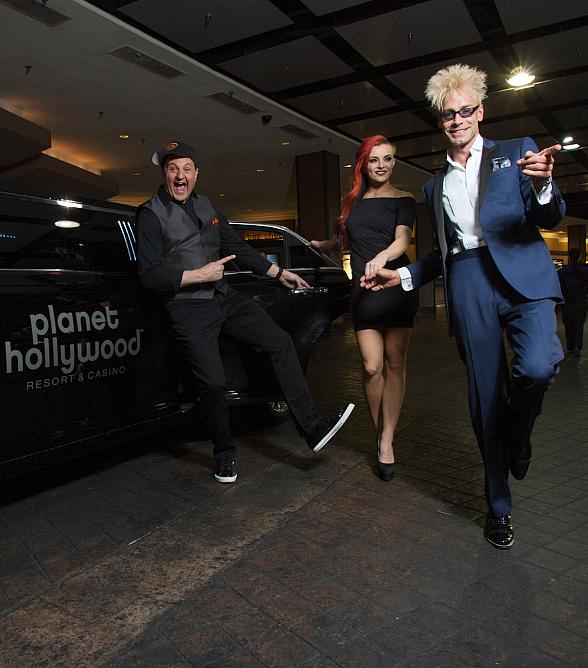 """Murray 'Celebrity Magician' Performs on New Season of CW's """"Masters of Illusion,"""" Headlines at Planet Hollywood in Las Vegas and is Social Media Star with over 300 Hundred Million Views"""