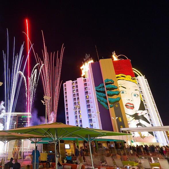 Plaza Hotel Casino To Host July 4th Party At Rooftop Pool With Hot Dog Eating