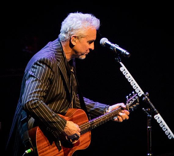 "Pat Benatar & Neil Giraldo ""A Very Intimate Acoustic Evening"" at Pearl Concert Theater"