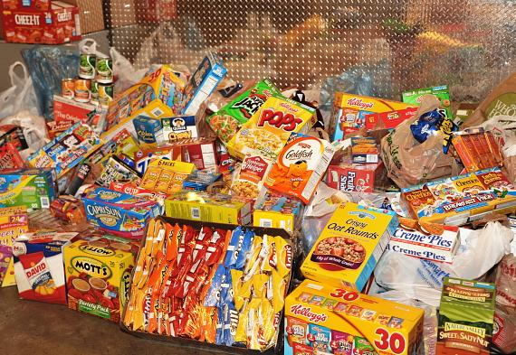 Blue Man Group Summer Stock Up food drive