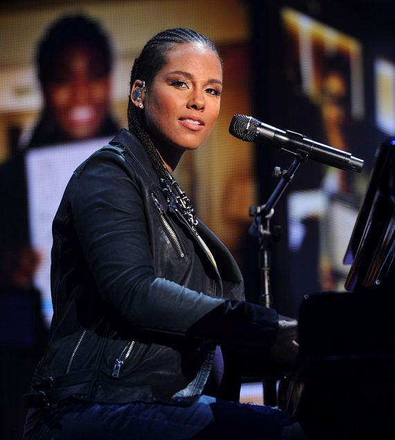 Recording artist Alicia Keys performs onstage during the 2014 iHeartRadio Music Festival at the MGM Grand Garden Arena