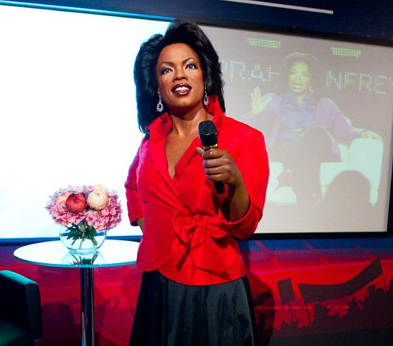 """Oprah Winfrey"" unveiled at Madame Tussauds"
