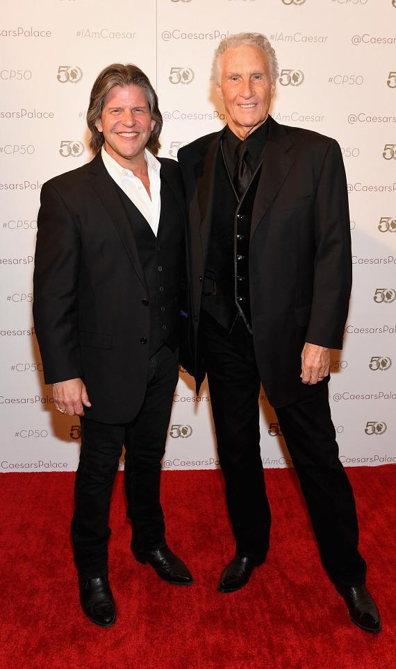 Bill Medley and Bucky Heard – The Righteous Brothers