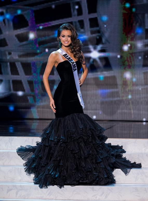 Miss Alabama in Miss USA 2013 evening gown competition