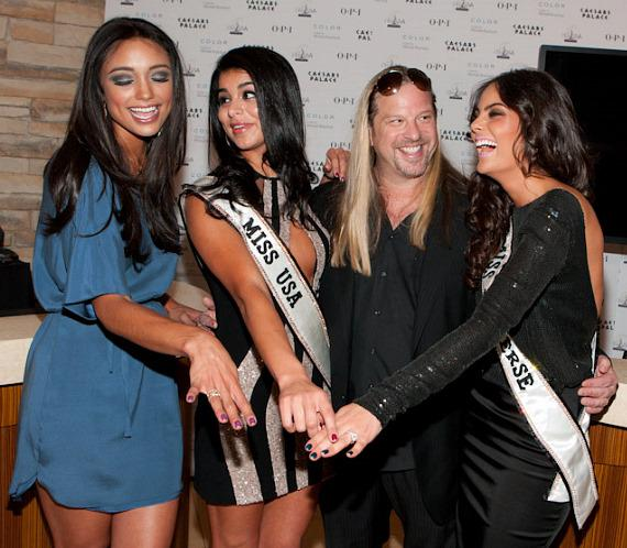 Rachel Smith, Miss USA 2007 - Rima Fakih, Miss USA 2010 - Michael Boychuck - Ximena Navarrete, Miss Universe 2010