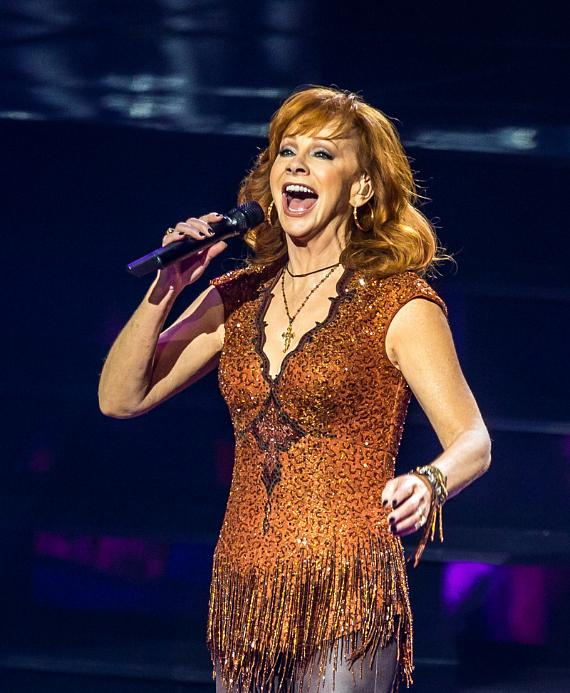 """Reba, Brooks & Dunn add new December 2016 and Early 2017 Dates to their Hit Residency """"Together in Vegas"""" at The Colosseum at Caesars Palace"""