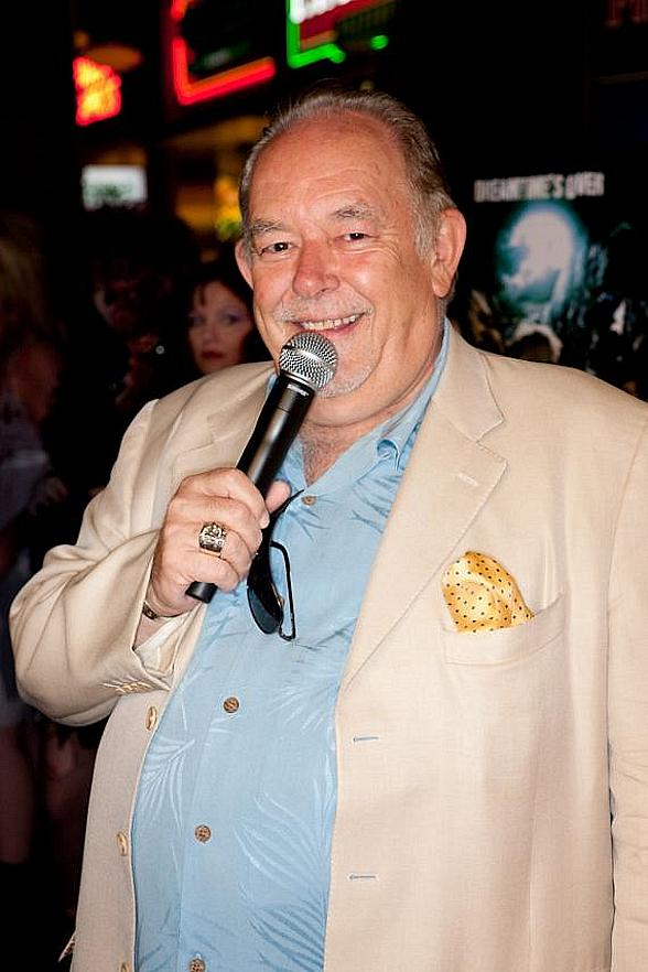 """Mike Hammer and Brian Shapiro to Launch New CBS Sports Radio show """"The Vegas Take"""" with Special Guest Robin Leach on July 9"""