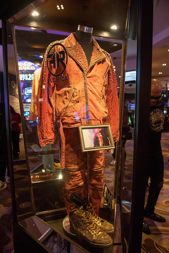Flo Rida Unveils Memorabilia Case at Hard Rock Hotel & Casino Las Vegas