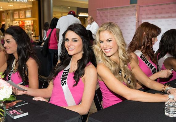 Miss USA contestants in Fashion Show Mall