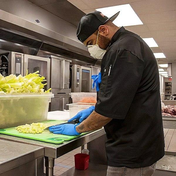 Sahara Las Vegas and World Central Kitchen Work to Feed More Than 2,000 Healthcare Workers, 400 First Responders Throughout Southern Nevada